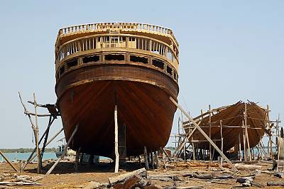 Traditional Skills Of Building And Sailing Iranian Lenj Boats In