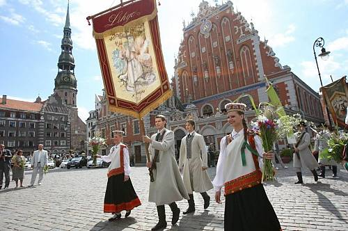 Latvia, Song and Dance Celebration.(HIGHLIGHTS FOR TOURISTS)