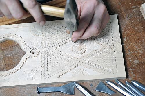 beginning wood carving