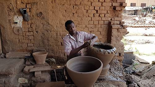A potter in Sudan - Strengthening national capacities for safeguarding intangible cultural heritage in Sudan project